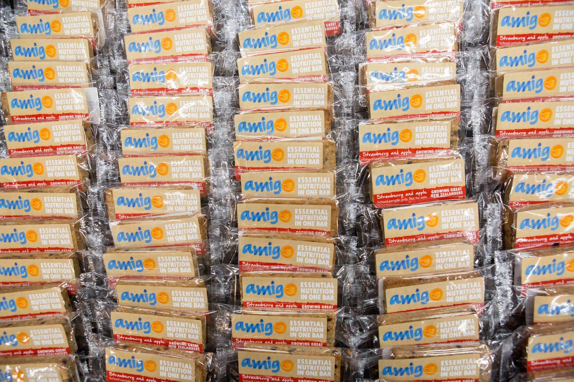 Amigo Bar packs