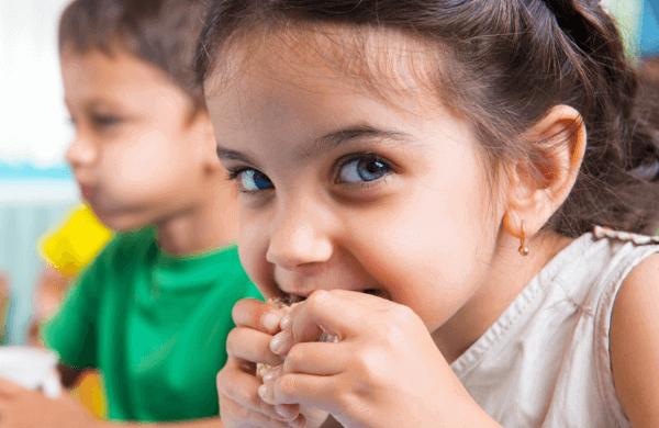 Kids enjoy a nutritious amigo bar